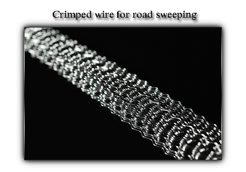 Crimped wire for road sweeping